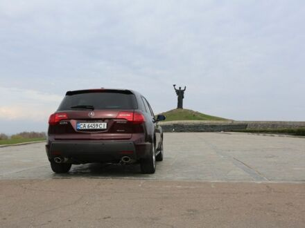 Вишнёвый Акура МДХ, объемом двигателя 3.7 л и пробегом 201 тыс. км за 12900 $, фото 1 на Automoto.ua