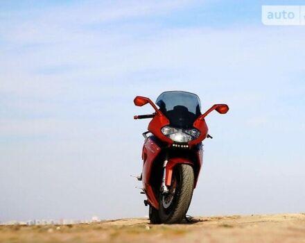 Красный Априлия РСТ Футура, объемом двигателя 1 л и пробегом 24 тыс. км за 5110 $, фото 1 на Automoto.ua
