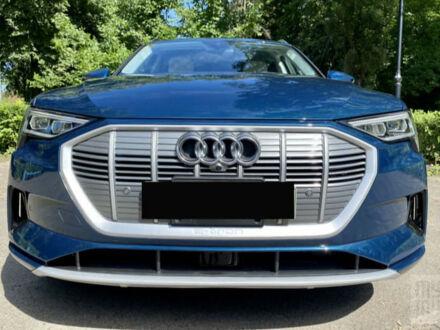 Синій Ауді E-Tron, об'ємом двигуна 0 л та пробігом 10 тис. км за 70500 $, фото 1 на Automoto.ua