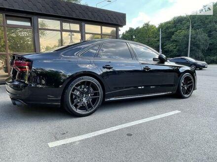 Чорний Ауді S8, об'ємом двигуна 4 л та пробігом 40 тис. км за 110000 $, фото 1 на Automoto.ua