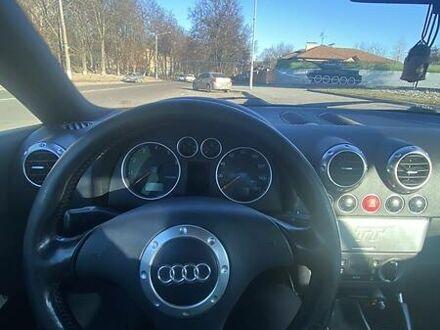 Серый Ауди ТТ, объемом двигателя 1.8 л и пробегом 115 тыс. км за 6200 $, фото 1 на Automoto.ua
