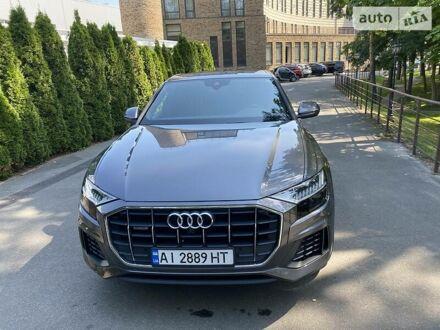 Сірий Ауді Q8, об'ємом двигуна 3 л та пробігом 39 тис. км за 88000 $, фото 1 на Automoto.ua