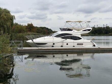 Белый Азимут Флайбридж-Рендж, объемом двигателя 0 л и пробегом 1 тыс. км за 308422 $, фото 1 на Automoto.ua