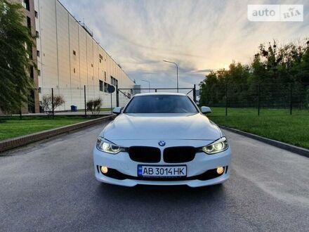 Белый БМВ 320, объемом двигателя 2 л и пробегом 135 тыс. км за 16000 $, фото 1 на Automoto.ua