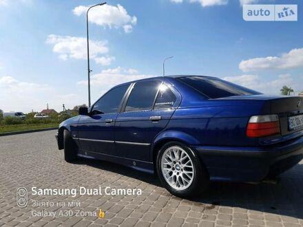 Синий БМВ 320, объемом двигателя 2 л и пробегом 373 тыс. км за 4700 $, фото 1 на Automoto.ua
