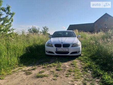 Білий БМВ 323, об'ємом двигуна 2.5 л та пробігом 167 тис. км за 9400 $, фото 1 на Automoto.ua