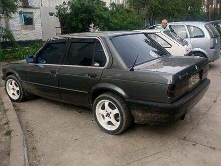 Серый БМВ 324, объемом двигателя 2.4 л и пробегом 50 тыс. км за 2500 $, фото 1 на Automoto.ua