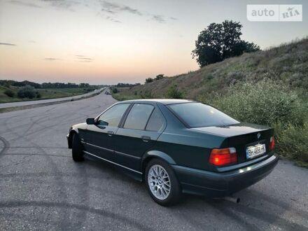 Зелений БМВ 325, об'ємом двигуна 2 л та пробігом 338 тис. км за 5000 $, фото 1 на Automoto.ua