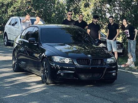 Чорний БМВ 335, об'ємом двигуна 3 л та пробігом 80 тис. км за 18000 $, фото 1 на Automoto.ua