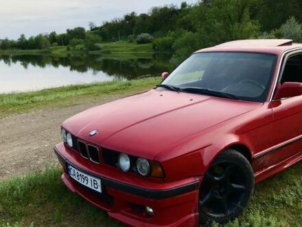 Красный БМВ 5 Серия, объемом двигателя 1.99 л и пробегом 303 тыс. км за 3300 $, фото 1 на Automoto.ua