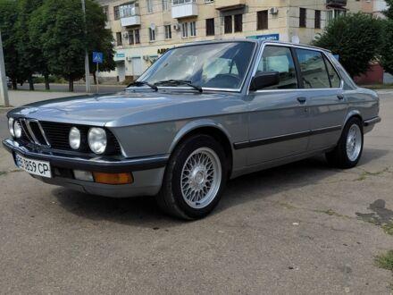 Серебряный БМВ 5 Серия, объемом двигателя 2 л и пробегом 230 тыс. км за 5050 $, фото 1 на Automoto.ua