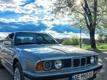 Серый БМВ 5 Серия, объемом двигателя 2 л и пробегом 50 тыс. км за 3100 $, фото 1 на Automoto.ua
