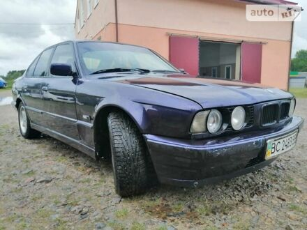 Фиолетовый БМВ 518, объемом двигателя 1.8 л и пробегом 467 тыс. км за 3100 $, фото 1 на Automoto.ua