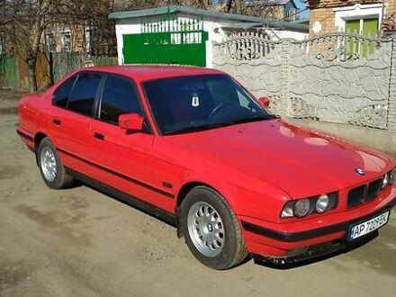 Червоний БМВ 518, об'ємом двигуна 2.5 л та пробігом 265 тис. км за 4000 $, фото 1 на Automoto.ua
