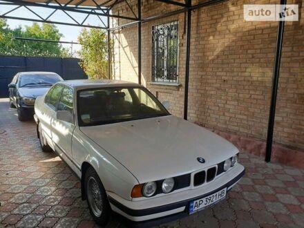 Белый БМВ 520, объемом двигателя 2 л и пробегом 250 тыс. км за 5200 $, фото 1 на Automoto.ua