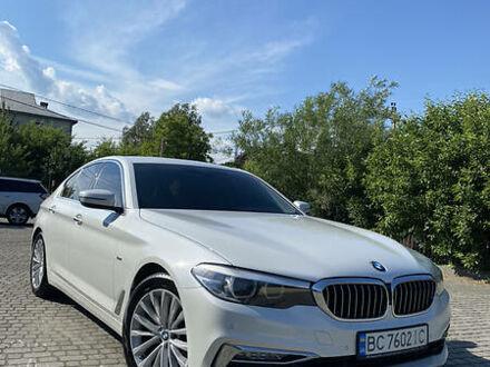 Белый БМВ 520, объемом двигателя 2 л и пробегом 106 тыс. км за 36850 $, фото 1 на Automoto.ua