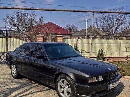 Черный БМВ 520, объемом двигателя 2 л и пробегом 370 тыс. км за 3899 $, фото 1 на Automoto.ua