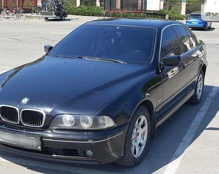 Черный БМВ 520, объемом двигателя 2.2 л и пробегом 350 тыс. км за 5600 $, фото 1 на Automoto.ua