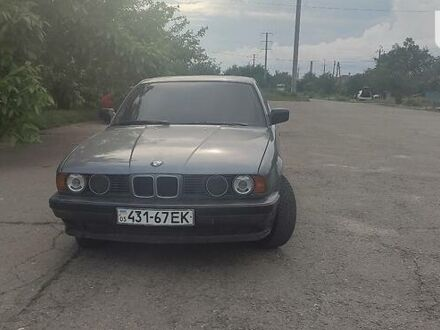 Серый БМВ 520, объемом двигателя 2 л и пробегом 194 тыс. км за 2800 $, фото 1 на Automoto.ua