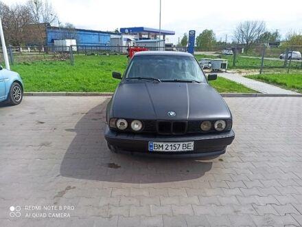 Черный БМВ 524, объемом двигателя 2.4 л и пробегом 405 тыс. км за 3680 $, фото 1 на Automoto.ua