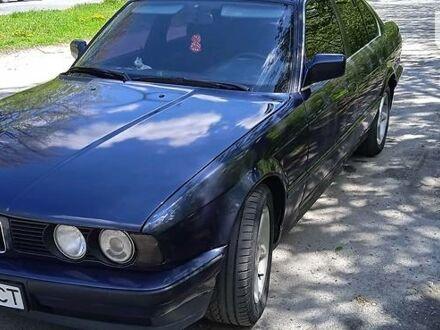 Синий БМВ 524, объемом двигателя 2.4 л и пробегом 320 тыс. км за 3190 $, фото 1 на Automoto.ua