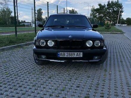 Черный БМВ 525, объемом двигателя 2.5 л и пробегом 200 тыс. км за 5000 $, фото 1 на Automoto.ua