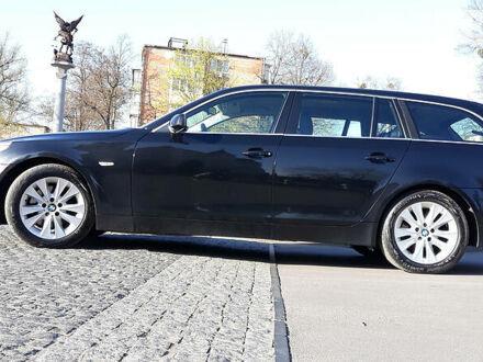 Черный БМВ 525, объемом двигателя 2.5 л и пробегом 260 тыс. км за 8000 $, фото 1 на Automoto.ua