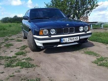 Синий БМВ 525, объемом двигателя 2.5 л и пробегом 680 тыс. км за 3300 $, фото 1 на Automoto.ua