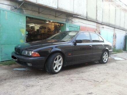 Чорний БМВ 528, об'ємом двигуна 2.8 л та пробігом 240 тис. км за 6800 $, фото 1 на Automoto.ua