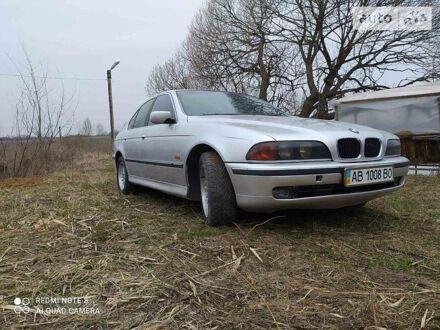 Серый БМВ 528, объемом двигателя 2.8 л и пробегом 300 тыс. км за 4600 $, фото 1 на Automoto.ua