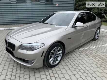 Сірий БМВ 528, об'ємом двигуна 3 л та пробігом 273 тис. км за 14999 $, фото 1 на Automoto.ua