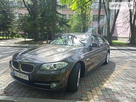 Серый БМВ 528, объемом двигателя 2 л и пробегом 161 тыс. км за 17300 $, фото 1 на Automoto.ua