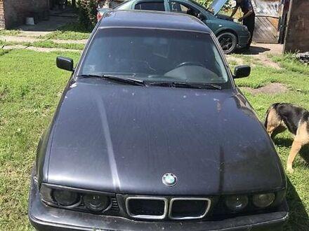 Черный БМВ 530, объемом двигателя 3 л и пробегом 300 тыс. км за 3000 $, фото 1 на Automoto.ua