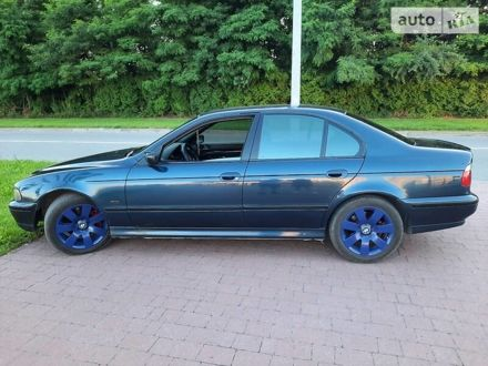 Синий БМВ 530, объемом двигателя 2.9 л и пробегом 375 тыс. км за 5300 $, фото 1 на Automoto.ua