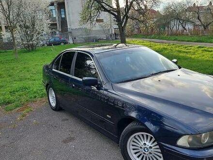 Синій БМВ 530, об'ємом двигуна 3 л та пробігом 360 тис. км за 7800 $, фото 1 на Automoto.ua