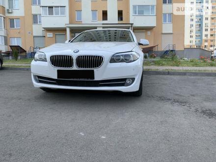 Белый БМВ 535, объемом двигателя 3 л и пробегом 130 тыс. км за 23000 $, фото 1 на Automoto.ua