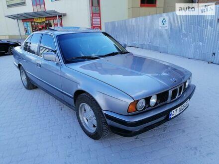 Сірий БМВ 535, об'ємом двигуна 3.4 л та пробігом 383 тис. км за 3900 $, фото 1 на Automoto.ua