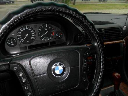 Черный БМВ 7 Серия, объемом двигателя 2.8 л и пробегом 250 тыс. км за 7500 $, фото 1 на Automoto.ua