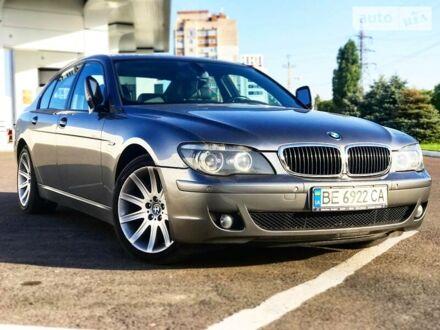 Серый БМВ 730, объемом двигателя 3 л и пробегом 300 тыс. км за 13500 $, фото 1 на Automoto.ua