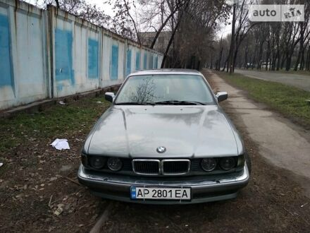 Серый БМВ 735, объемом двигателя 3.5 л и пробегом 420 тыс. км за 4000 $, фото 1 на Automoto.ua