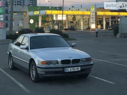 Серый БМВ 735, объемом двигателя 3.5 л и пробегом 347 тыс. км за 6000 $, фото 1 на Automoto.ua