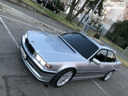 Серый БМВ 740, объемом двигателя 4.4 л и пробегом 4 тыс. км за 7000 $, фото 1 на Automoto.ua