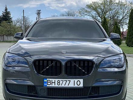Серый БМВ 740, объемом двигателя 3 л и пробегом 137 тыс. км за 26500 $, фото 1 на Automoto.ua