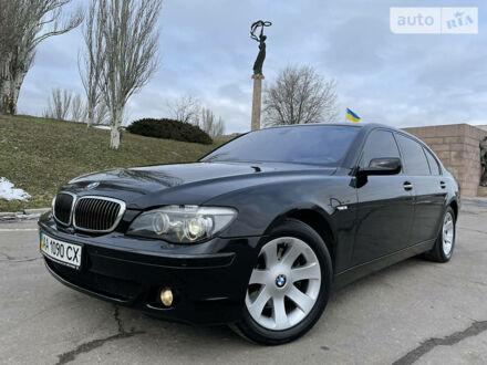 Черный БМВ 750, объемом двигателя 4.8 л и пробегом 35 тыс. км за 31000 $, фото 1 на Automoto.ua