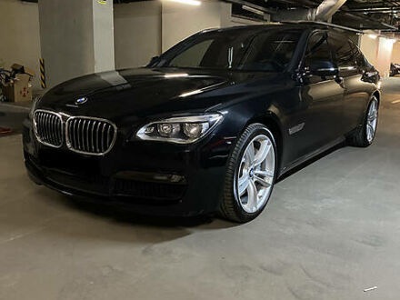 Черный БМВ 750, объемом двигателя 4.4 л и пробегом 154 тыс. км за 26700 $, фото 1 на Automoto.ua