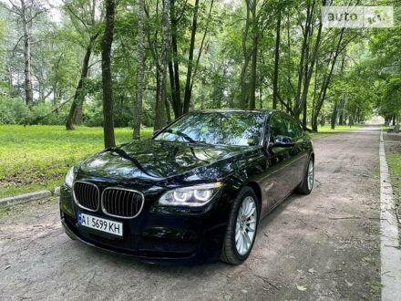 Черный БМВ 750, объемом двигателя 4.4 л и пробегом 79 тыс. км за 31000 $, фото 1 на Automoto.ua
