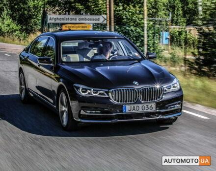 Черный БМВ 750, объемом двигателя 4.4 л и пробегом 31 тыс. км за 92500 $, фото 1 на Automoto.ua
