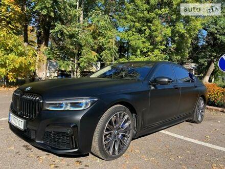 Черный БМВ 750, объемом двигателя 4.4 л и пробегом 108 тыс. км за 64000 $, фото 1 на Automoto.ua