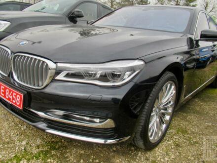 Черный БМВ 750, объемом двигателя 3 л и пробегом 49 тыс. км за 74900 $, фото 1 на Automoto.ua