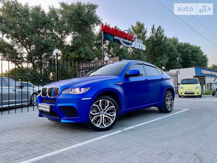 Синий БМВ Х6 М, объемом двигателя 4.4 л и пробегом 120 тыс. км за 33000 $, фото 1 на Automoto.ua